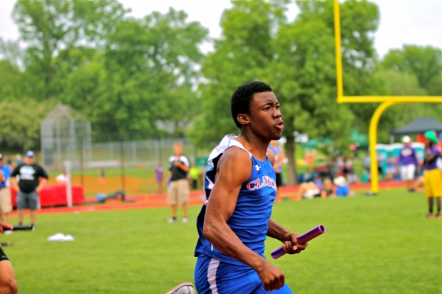 Sophomore Cortez Stewart ran the last leg of the Clayton Boys 4x100 meter relay at MICDS for Class 3 Sectionals on Saturday, May 18th. The boys finished third, clinching a spot for them at State this Friday and Saturday in Jefferson City, MO. Photo by Alessandra Silva