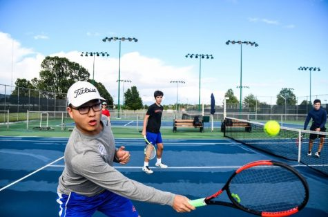 Photo Gallery: Boys' Tennis Gears Up for Run at State