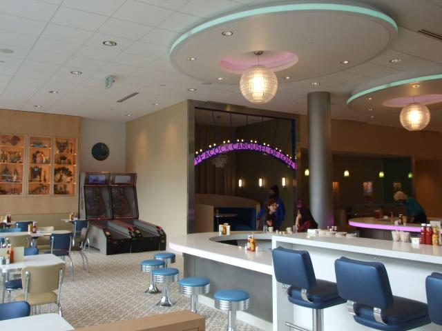 The Peacock Diner Opens in the Loop