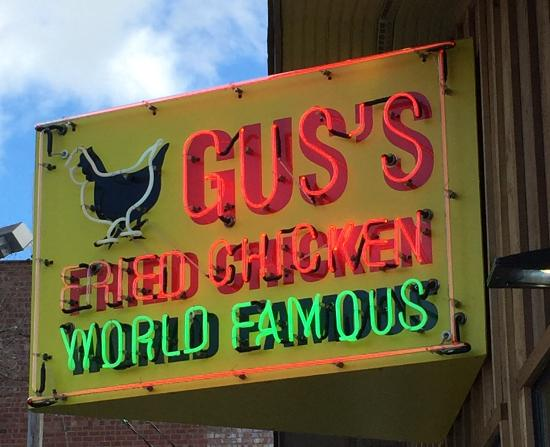 Gus's World Famous Fried Chicken Review