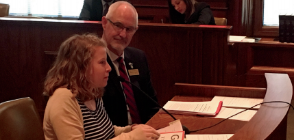 Junior Samantha Zeid testifying before the Senate Judiciary Committee. Photo by Debra Wiens.