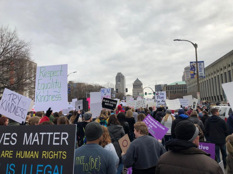 Thousands of people gather in front of Union Station on Market Street during the Womens March.