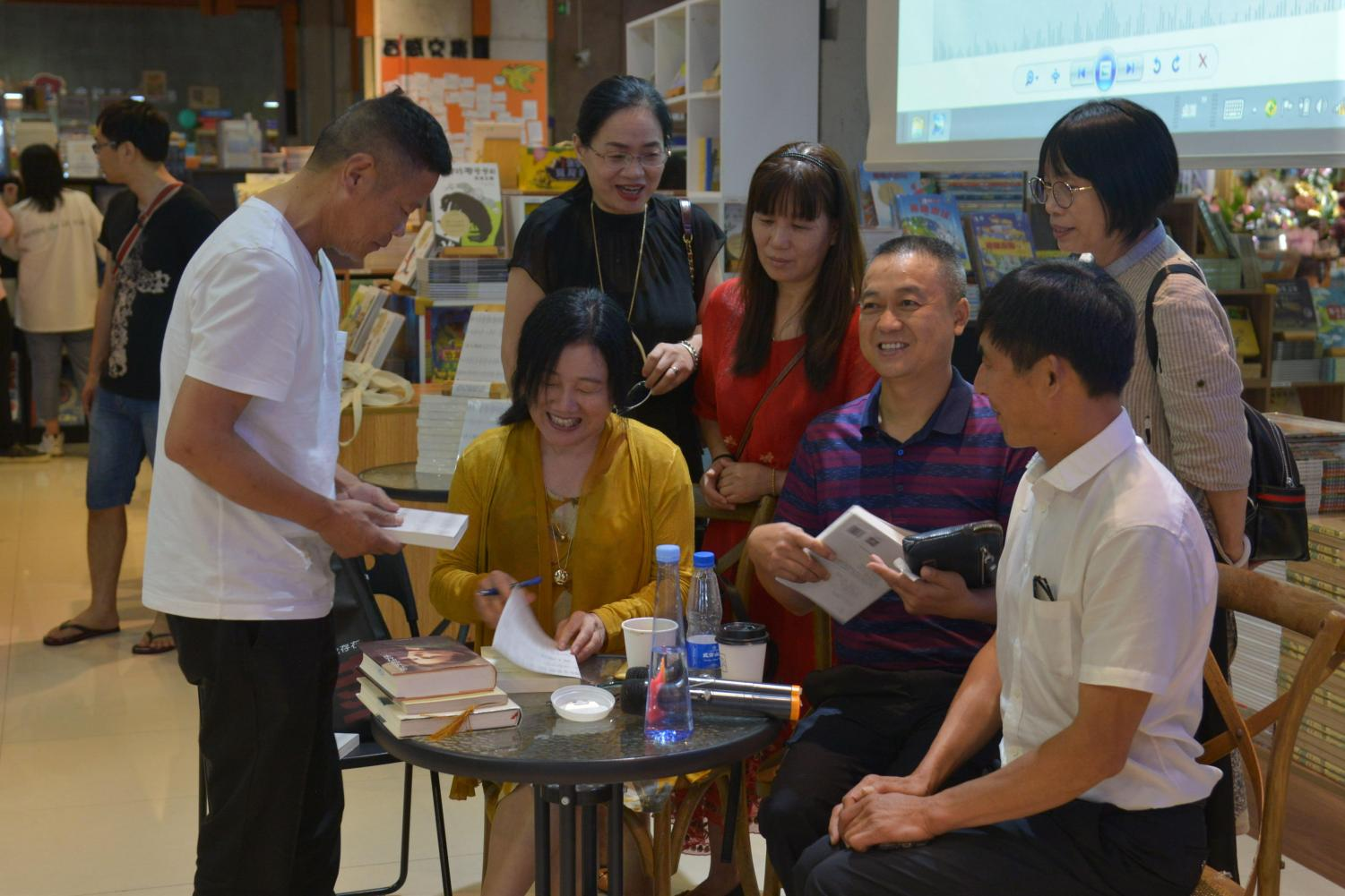 Mrs. Zhang is speaking about the book she translated, while on her book tour in China over summer 2019.