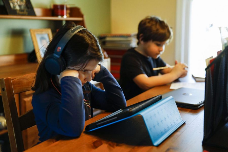 For many parents of younger students, a primary concern with online schooling has been the lack of interactivity in pre-recorded lessons.