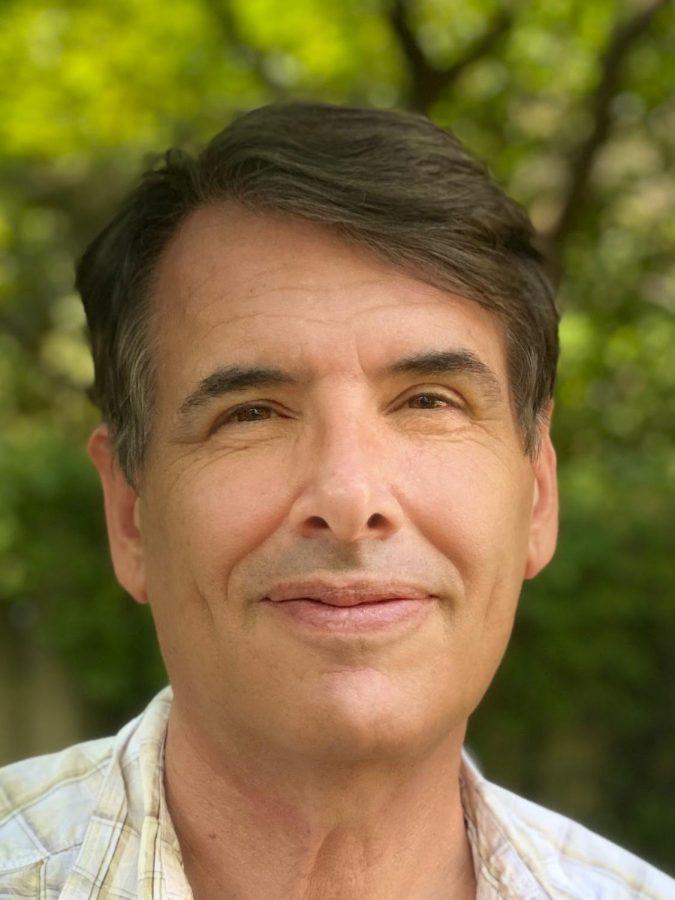 Eric+Hahn%2C+an+avid+beekeeper%2C+is+a+new+CHS+history+teacher